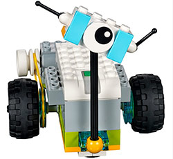 Image of a LEGO robot